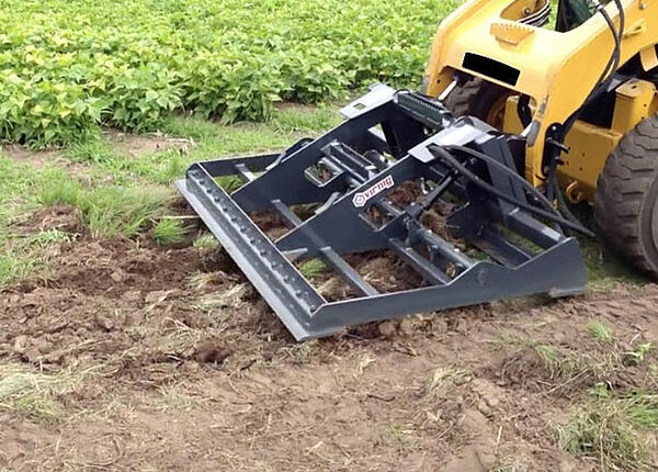 4 Things to Know About Skid Steer Land Leveler Attachments